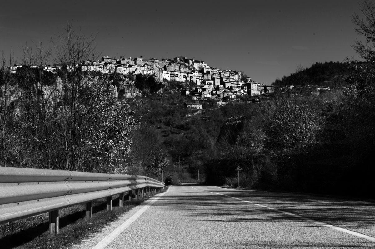 Pietrasecca black & white