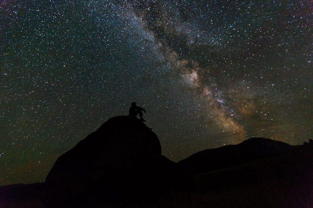 Obiettivo per la fotografia notturna